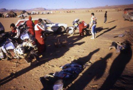 Rallyeteilnehmer Paris - Dakar - größeres Bild durch Anklicken!