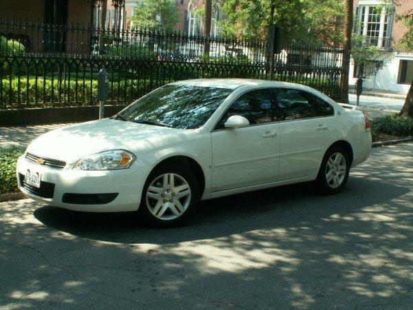 Chevrolet Impala, nobel geht die Welt zugrunde - größeres Bild durch Anklicken!