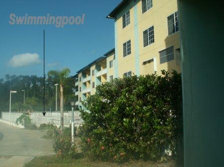 Motel, mittlere Kategorie mit unsichtbarem Schwimmbad - gr��eres Bild durch Anklicken!